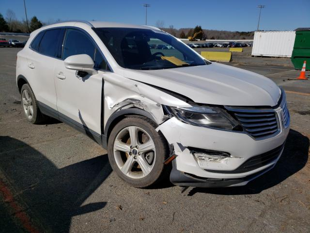 Salvage cars for sale from Copart Concord, NC: 2016 Lincoln MKC Premium
