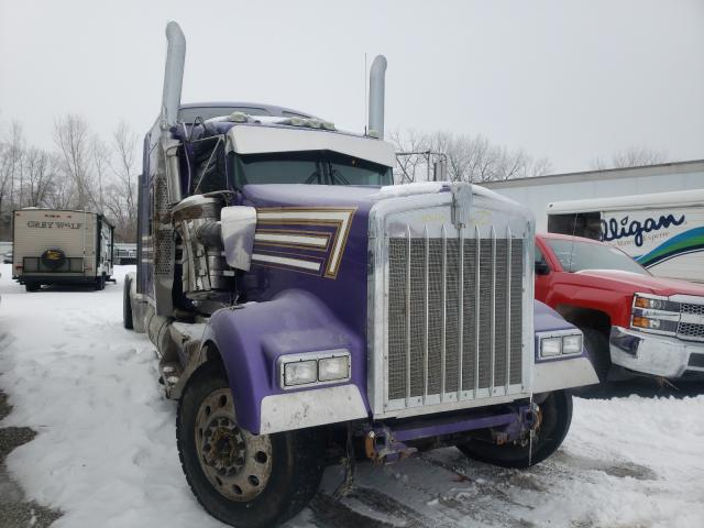 Salvage cars for sale from Copart Des Moines, IA: 2018 Kenworth Construction