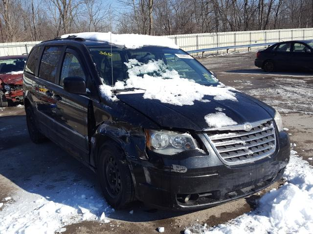 2010 Chrysler Town & Country for sale in Ellwood City, PA