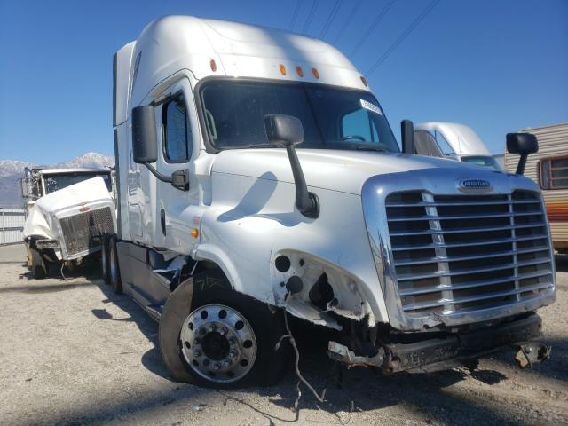 Freightliner Cascadia 1 salvage cars for sale: 2014 Freightliner Cascadia 1