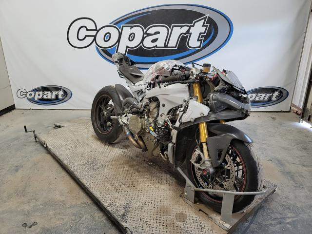Salvage cars for sale from Copart Temple, TX: 2018 Ducati Panigale V