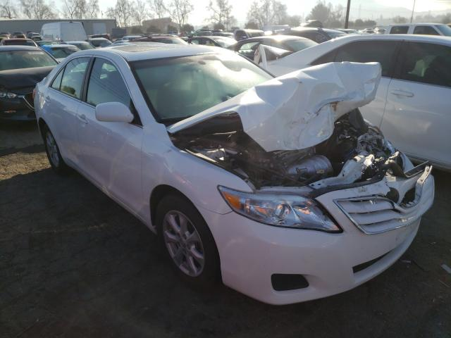 Salvage 2011 TOYOTA CAMRY - Small image. Lot 32963731