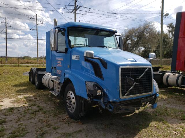 Volvo salvage cars for sale: 2013 Volvo VN VNL