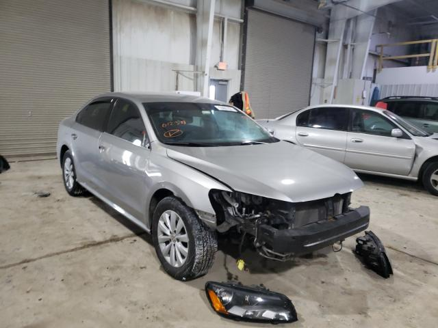 Salvage cars for sale from Copart Kansas City, KS: 2014 Volkswagen Passat S