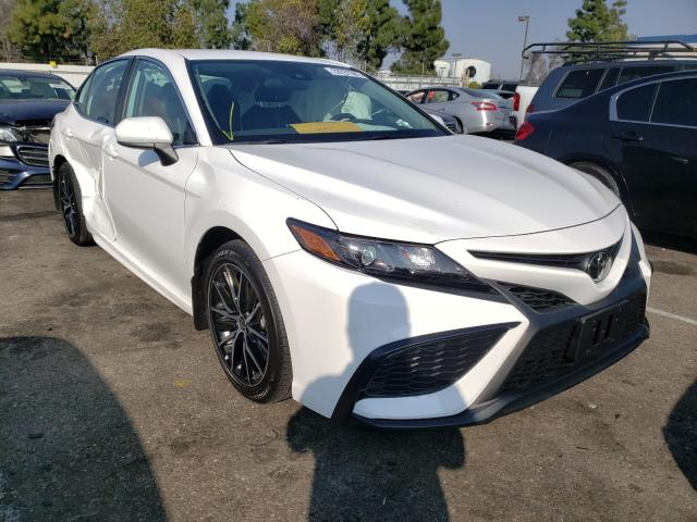 Salvage cars for sale from Copart Rancho Cucamonga, CA: 2021 Toyota Camry SE