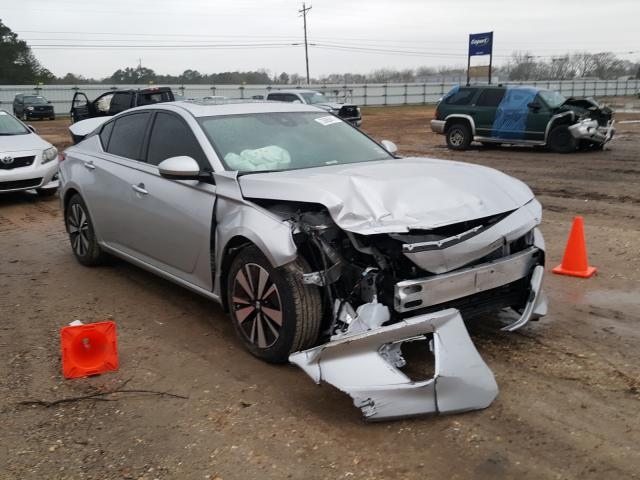 Salvage cars for sale from Copart Newton, AL: 2019 Nissan Altima SV