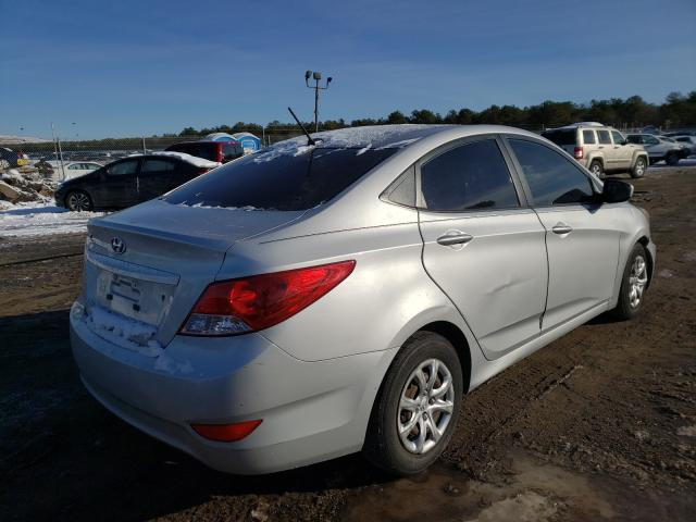 2013 HYUNDAI ACCENT - Right Rear View
