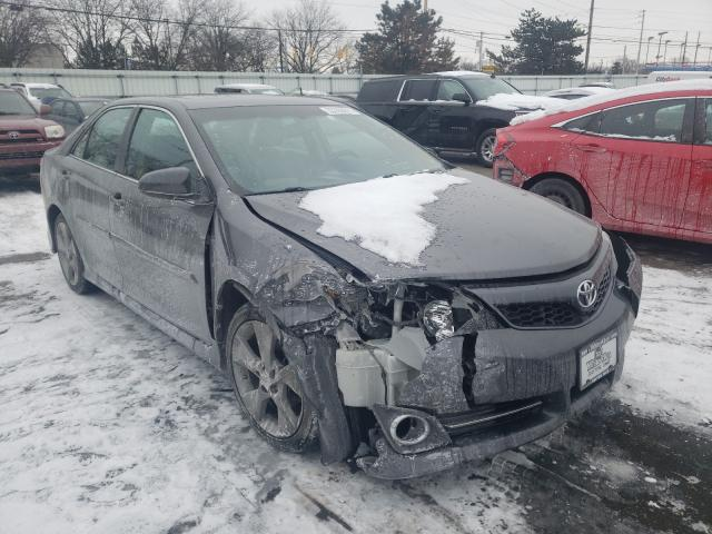 Salvage cars for sale from Copart Moraine, OH: 2014 Toyota Camry SE