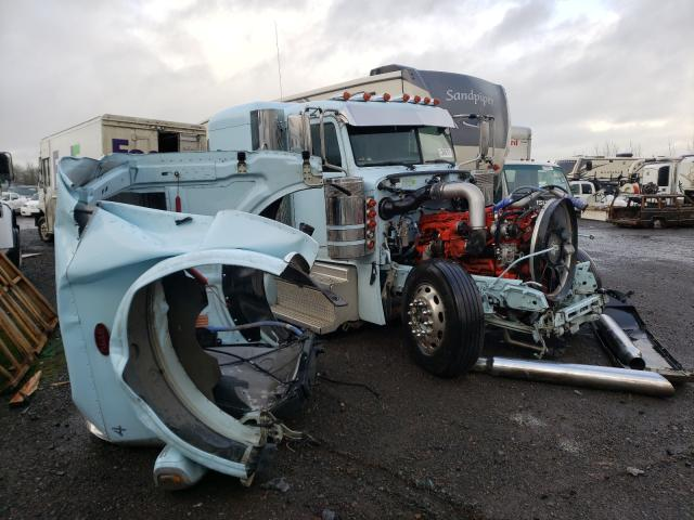 Salvage cars for sale from Copart Eugene, OR: 2020 Peterbilt 389