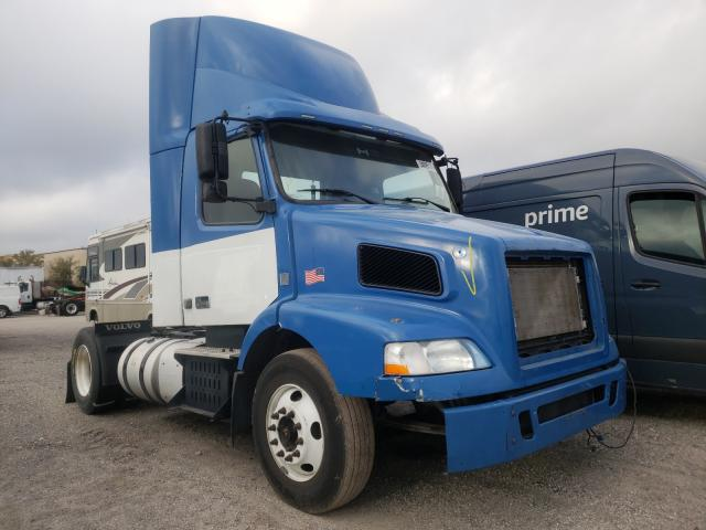 Volvo salvage cars for sale: 2014 Volvo VN VNM