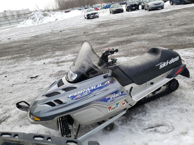 2000 SKIDOO  SNOWMOBILE