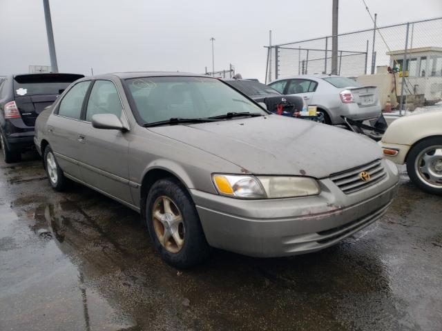 Salvage cars for sale from Copart Moraine, OH: 1997 Toyota Camry CE