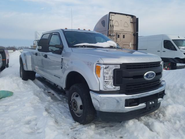 Salvage cars for sale from Copart Elgin, IL: 2017 Ford F350 Super