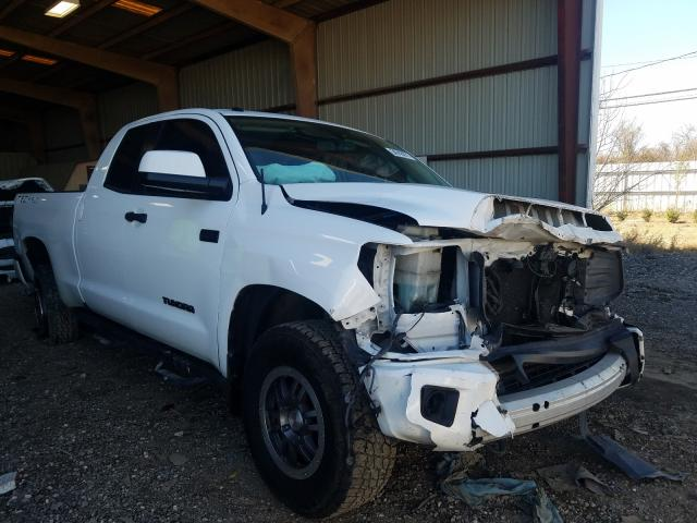 Salvage cars for sale from Copart Houston, TX: 2016 Toyota Tundra DOU