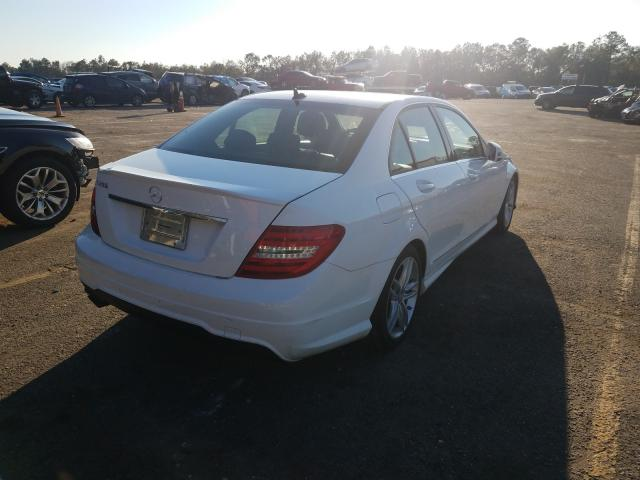 2013 MERCEDES-BENZ C 250 - Right Rear View