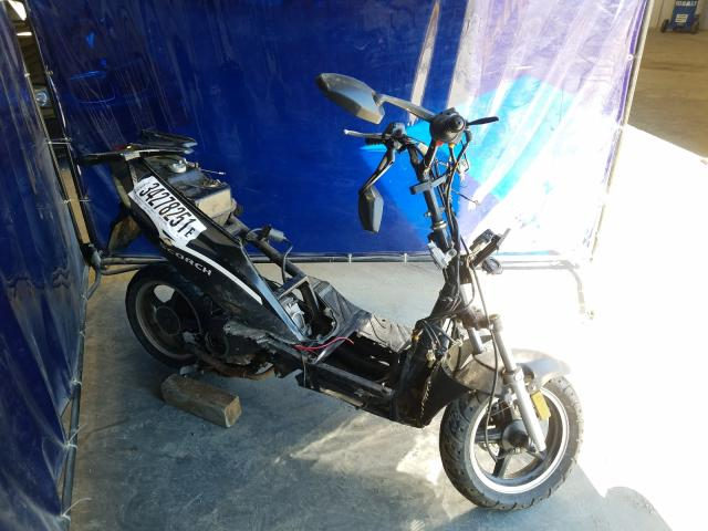 Salvage cars for sale from Copart Spartanburg, SC: 2013 Zhen Scooter