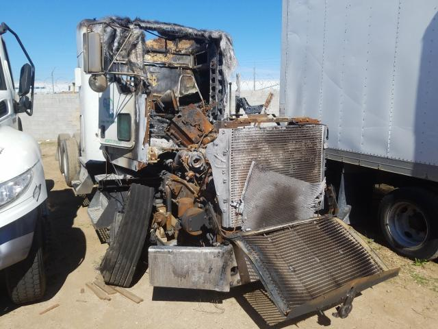 Salvage cars for sale from Copart Los Angeles, CA: 2011 Kenworth Construction