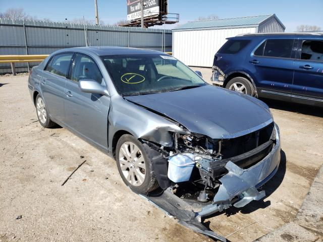 Salvage cars for sale from Copart Wichita, KS: 2008 Toyota Avalon