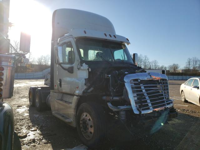 Freightliner salvage cars for sale: 2020 Freightliner Cascadia 1