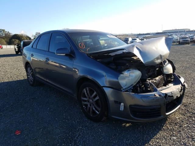 Salvage cars for sale from Copart Antelope, CA: 2007 Volkswagen Jetta 2.5