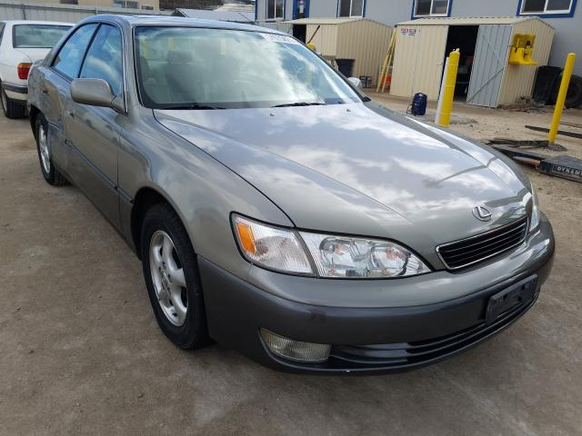 Salvage cars for sale from Copart Kapolei, HI: 1997 Lexus ES 300