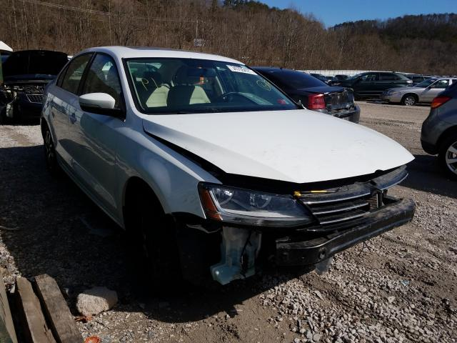 Salvage cars for sale from Copart Hurricane, WV: 2017 Volkswagen Jetta SE