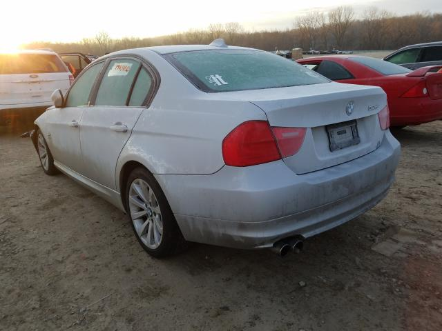 2011 BMW 328 XI - Right Front View