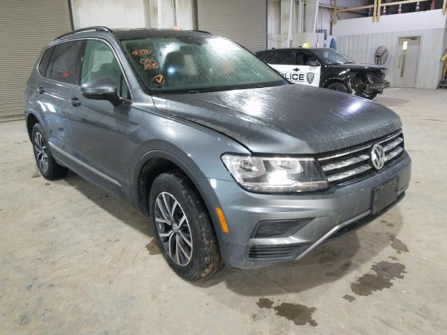 Salvage cars for sale from Copart Kansas City, KS: 2020 Volkswagen Tiguan SE