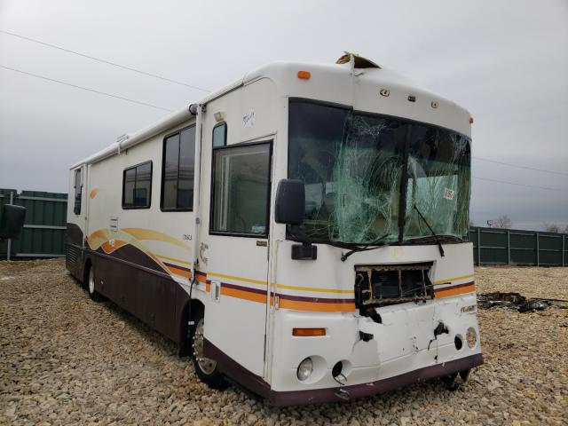 Salvage cars for sale from Copart Sikeston, MO: 2000 Winnebago Motorhome