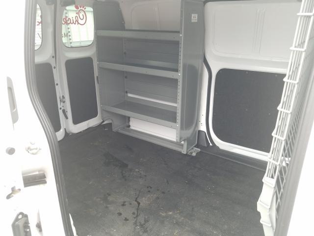 2018 NISSAN NV200 2.5S - Interior View