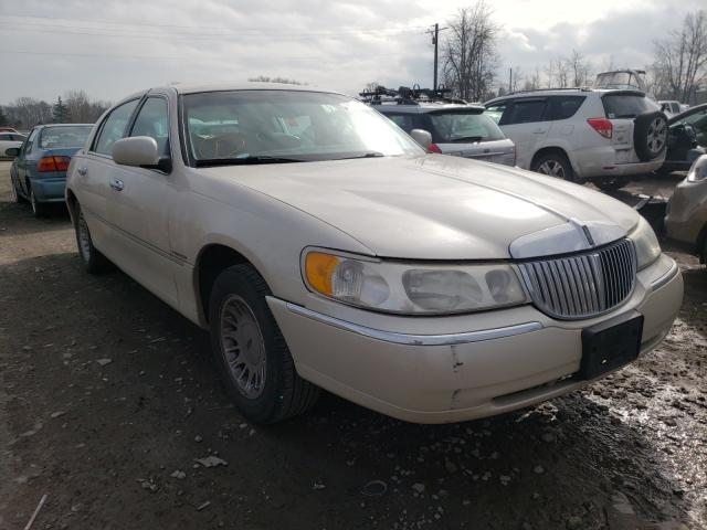 Lincoln salvage cars for sale: 2000 Lincoln Town Car C