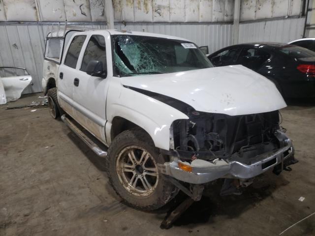 Salvage cars for sale from Copart Woodburn, OR: 2005 GMC New Sierra