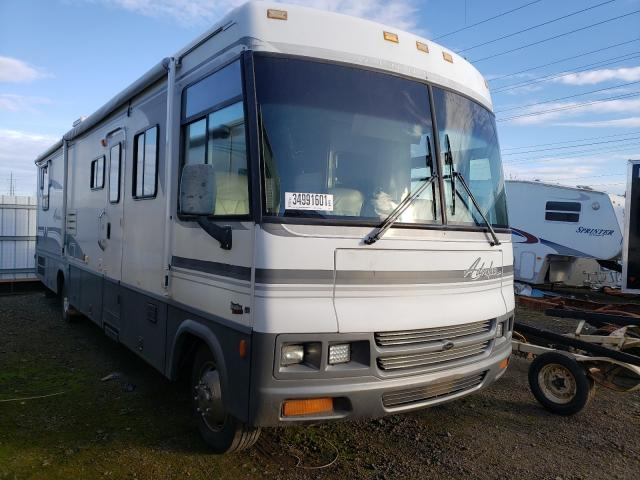 Salvage cars for sale from Copart Eugene, OR: 2000 Winnebago Other
