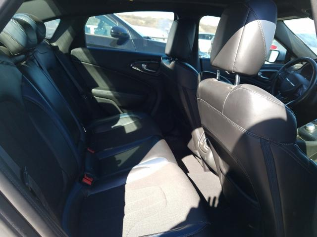 2015 CHRYSLER 200 S - Interior View