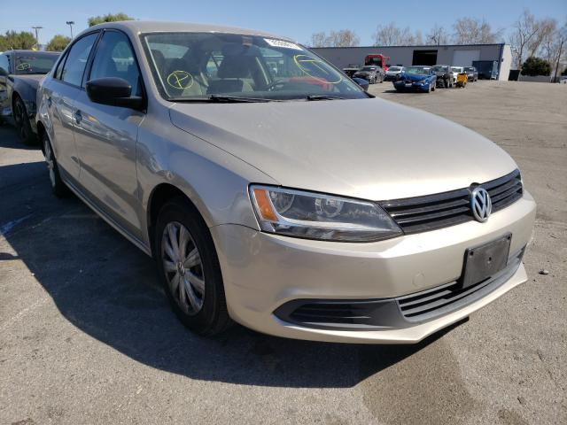 Salvage cars for sale from Copart Colton, CA: 2014 Volkswagen Jetta Base