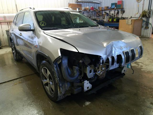 Salvage cars for sale from Copart Avon, MN: 2019 Jeep Cherokee L