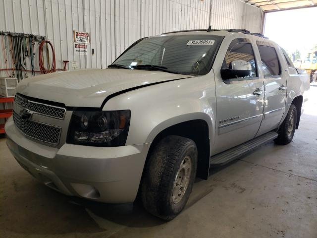 2011 CHEVROLET AVALANCHE - Left Front View