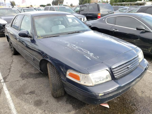 2000 FORD CROWN VICT - Left Front View