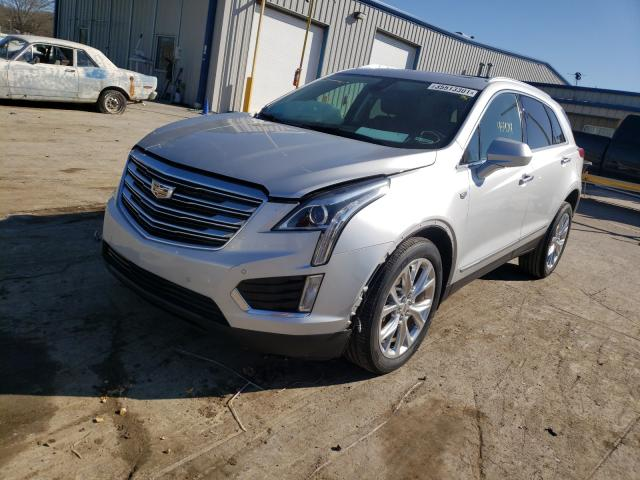 2017 CADILLAC XT5 LUXURY - Left Front View