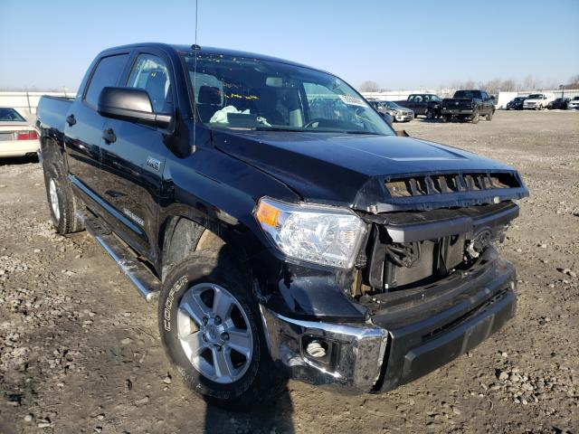 Salvage cars for sale from Copart Appleton, WI: 2015 Toyota Tundra CRE