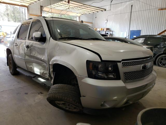 2011 CHEVROLET AVALANCHE - Other View