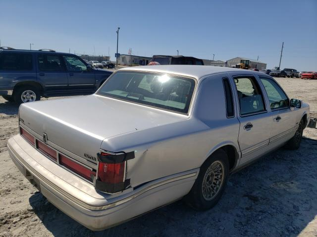 1997 LINCOLN TOWN CAR E - Right Rear View