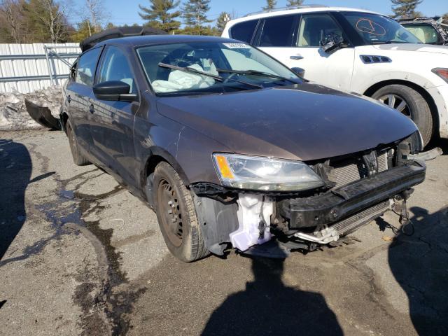 Volkswagen Vehiculos salvage en venta: 2015 Volkswagen Jetta Base