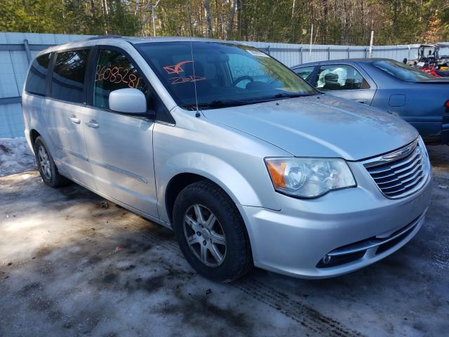 Salvage cars for sale from Copart Lyman, ME: 2014 Chrysler Town & Country