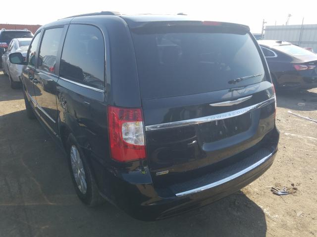 2014 CHRYSLER TOWN & COU - Right Front View