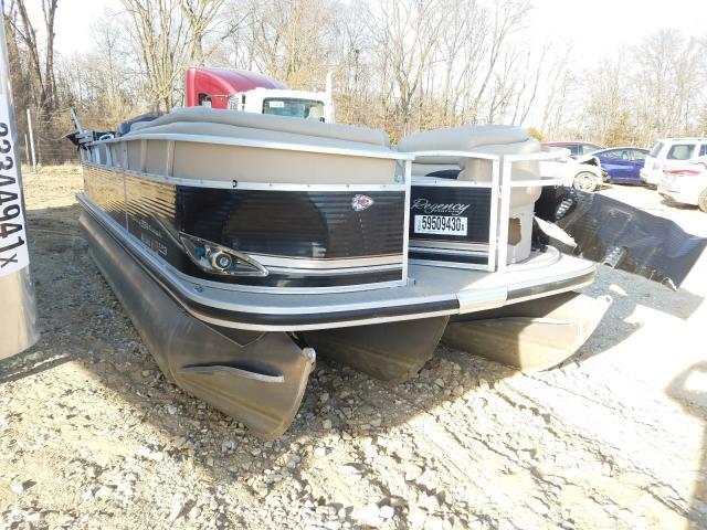 Suntracker salvage cars for sale: 2013 Suntracker Boat
