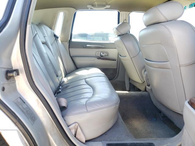 1997 LINCOLN TOWN CAR E - Interior View
