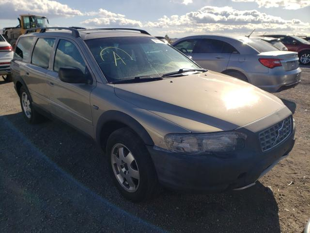 Salvage cars for sale from Copart Reno, NV: 2002 Volvo V70 XC