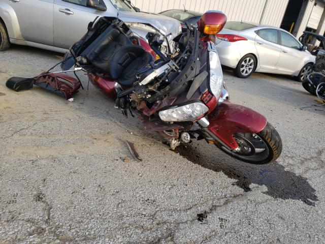 Salvage cars for sale from Copart Louisville, KY: 2001 Honda GL1800