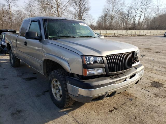 Salvage cars for sale from Copart Ellwood City, PA: 2003 Chevrolet Silverado
